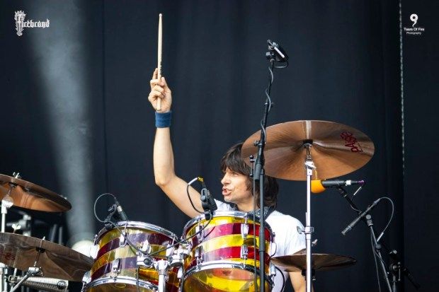 Wayward Sons, Phil Martini, London Drummer, Ludwig Vistalite, Candy Cane, Ramblin Man Fair 2019, Mainstage appearance, Paiste 2002 Cymbals, Vic Firth 3A Drumsticks, Remo Emperor Drumheads, Meinl 8